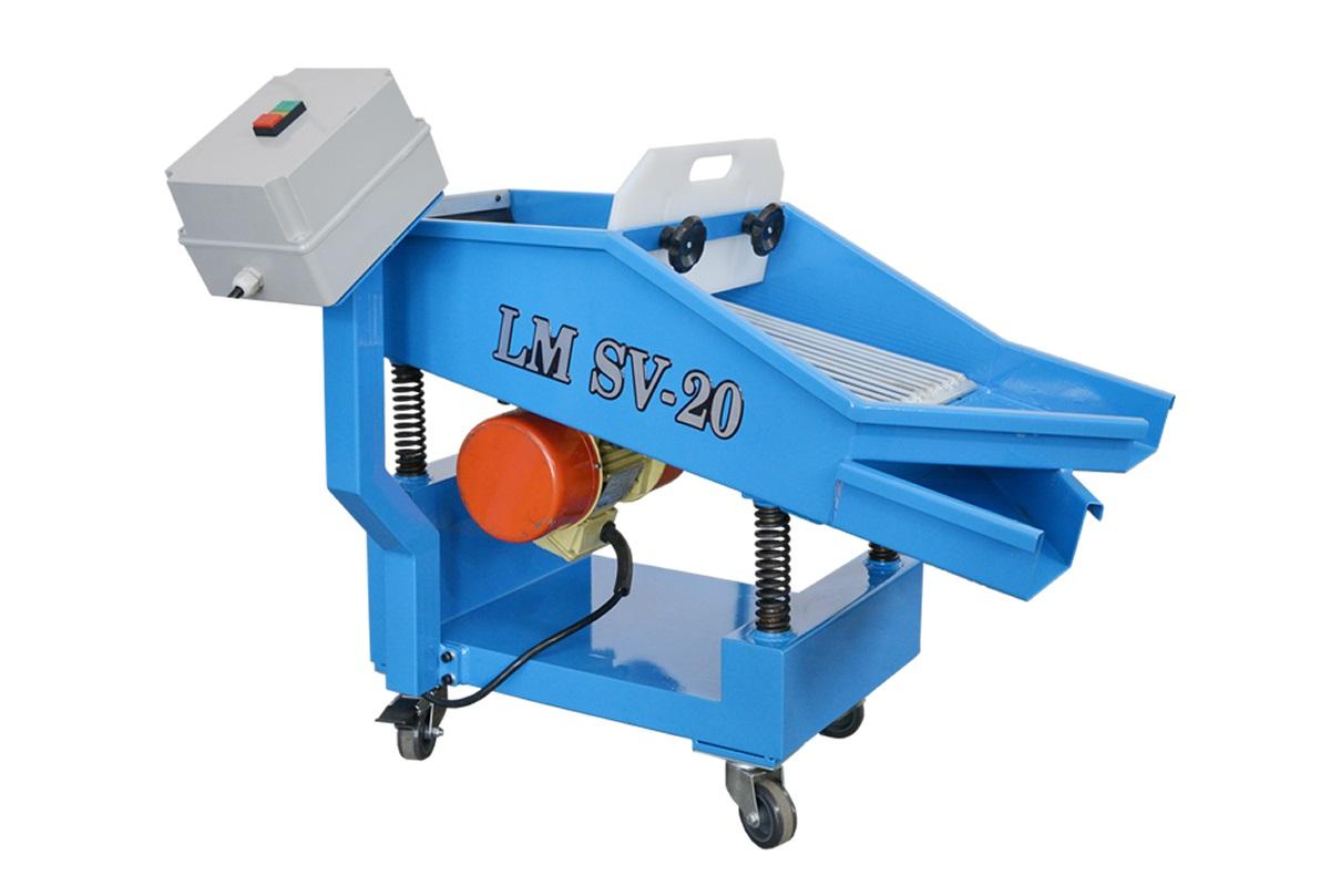 Máquina Separadora de Piezas Inyectadas en Zamak LM SV-20
